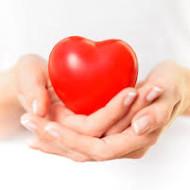 """Südame tervise pühendatud loengus räägime:  Kuidas ennetada veresoonte """"lupjumist""""? Millest tekib südamehaiguste teket soodustav põletik? Kuidas ennast aidata, kui süda on juba haige? Milliseid toite süda armastab ja millest kindlasti hoiduda tuleks."""